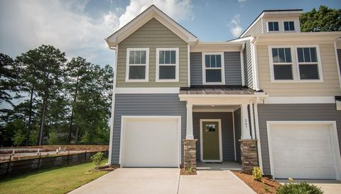 Photo of 16 Mardale Ln, Greenville, SC 29609